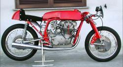 250-jsd-rouge-1.jpg