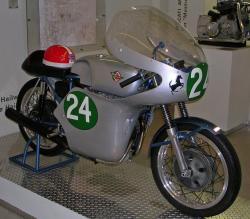 250-twin-musee-1.jpg