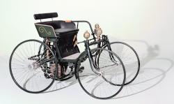 Daimler wire wheel car 4