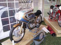 Ducati 125 twin 2