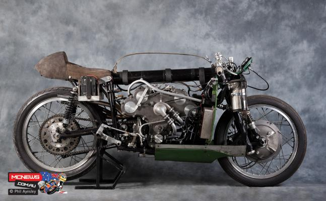 Pa moto guzzi v8 500cc naked