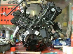suzuki-tl-1000-engine.jpg