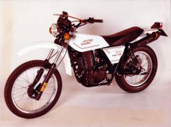 Yak 410 primera moto con el motor mtv